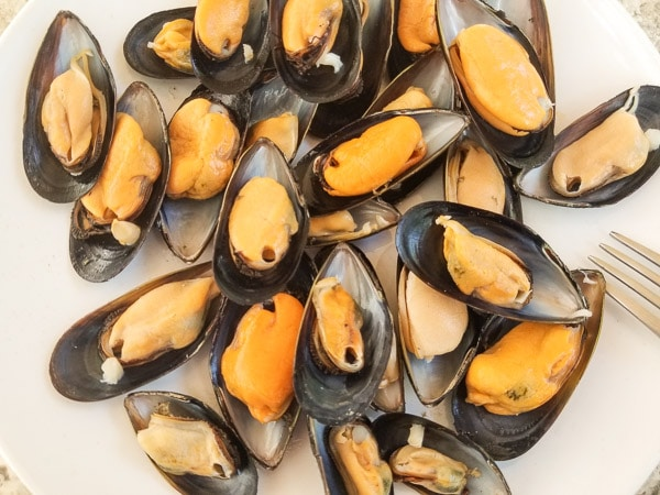 Mussel halves ready for filling-Easy Mexican Asian Baked Mussels