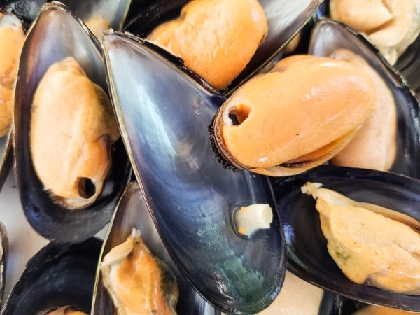 Mussels-Easy Mexican Asian Baked Mussels